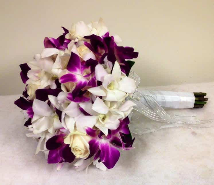 5 Tips For Making Your Own Wedding Bouquet With Orchids