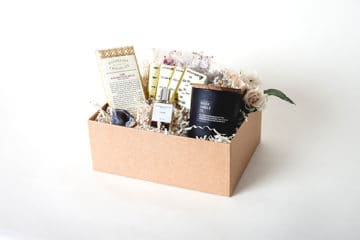 Wedding Sweepstakes and Contests - Personalized Bridesmaid Wedding Party Gift Giveaway