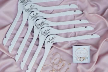 Wedding Sweepstakes and Contests - 6 Personalized Wedding Hangers and Bracelets Giveaway