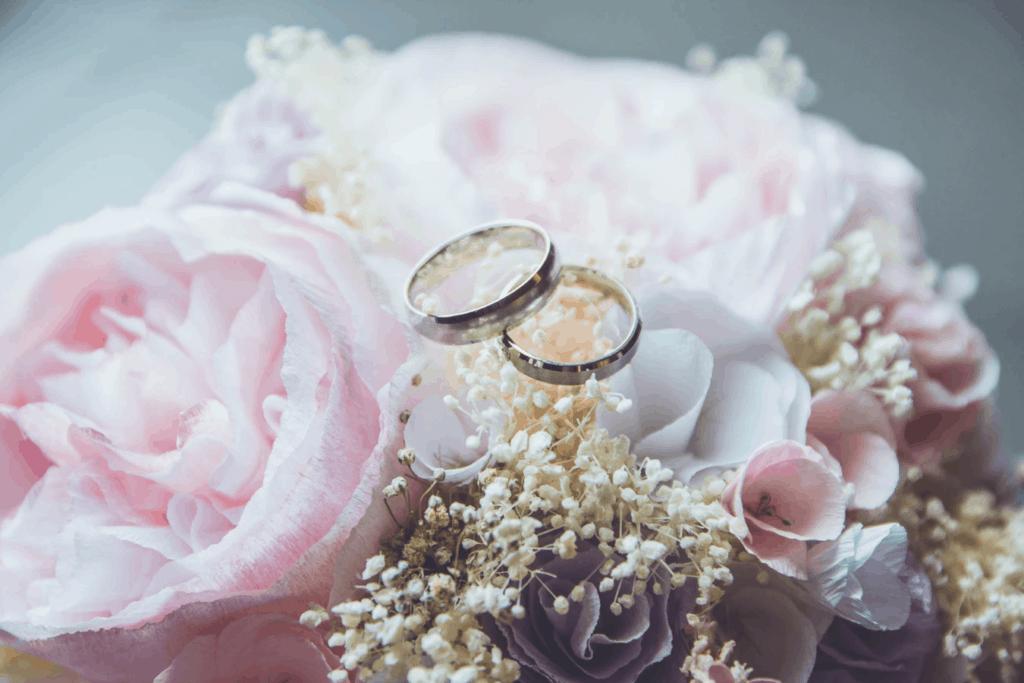 Last minute wedding plans
